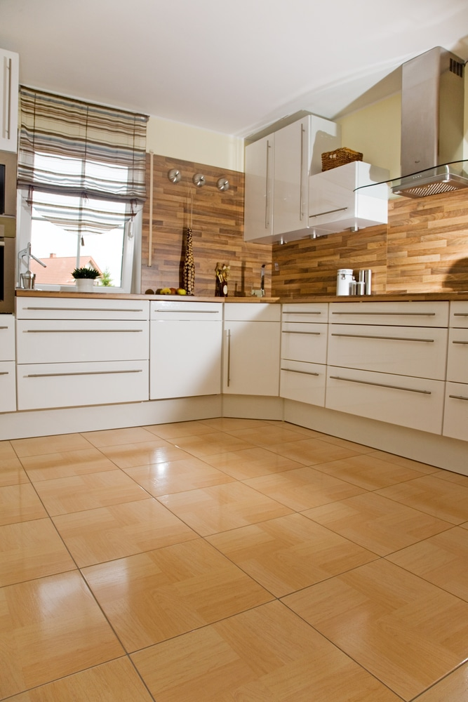 apply grout sealant